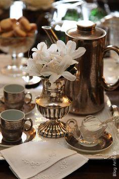 como receber para um café em casa | Anfitriã como receber em casa, receber, decoração, festas, decoração de sala, mesas decoradas, enxoval, nosso filhos