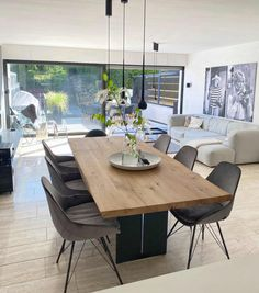 Bild von Gabriele S. Home Decor Store, Home Decor Items, Dining Room Design, Kitchen Design, Sweet Home, Online Furniture Stores, Furniture Shopping, Home Repairs, Home Living Room