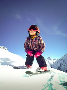 50 Best Adorable Skiing Outfits for Your Lovely Kids - Fashion Best Crystal Ski, Ski Sweater, Family Days Out, Ski Fashion, Winter Wear, Skiing, Kids Outfits, Fun, Calendar
