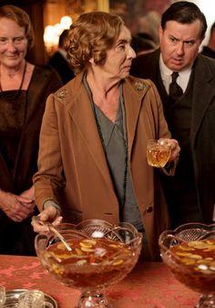 Downton Abbey Christmas special 2014: preview photographs   Denker & Spratt