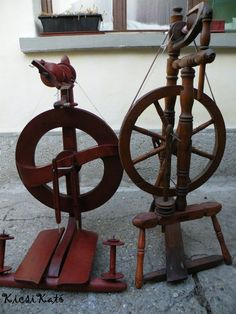 Double and single treadle upright spinning wheels