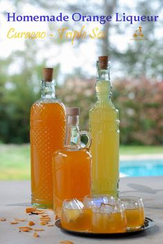 This homemade orange liqueur is very similar to limoncello, it can be served cold at the end of a meal or used in recipes or cocktails that call for Curacao, Triple Sec or Cointreau. A perfect edible gift. Liqueur Armoire, Tequila, Vodka, Homemade Liquor, Homemade Liqueur Recipes, Homemade Limoncello, How To Make Orange, Alcohol Drink Recipes, Edible Gifts