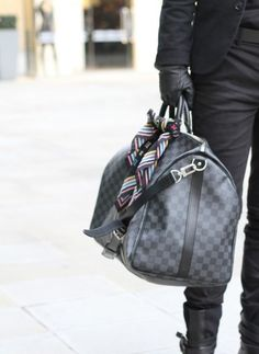 I need a new bag!!! Damier Graphite Keepall by Louis Vuitton