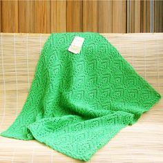 Плед в коляску или автомобильную люльку. Защитит малыша от сквозняков и холода кондиционера в авто  или на пикнике. 100% шерсть. Baby blanket. 100% wool