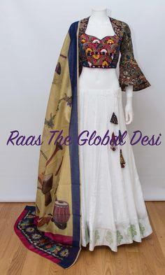 Indian Fashion Dresses, Indian Gowns Dresses, Dress Indian Style, Indian Designer Outfits, Indian Outfits, Indian Wear, Choli Designs, Lehenga Designs, Kurta Designs