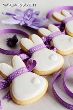 Cute BUNNY Cookies with the how to.