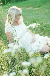 Maternity photos, country, outdoor http://bmsauer.wix.com/bsauerphotography
