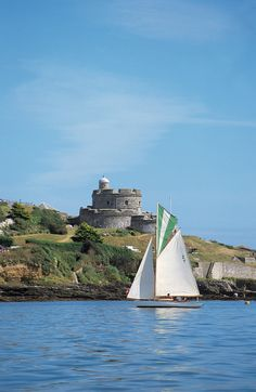 St Mawes Castle, Cornwall, England. Built in 1340 by King Henry VIII to protect the south coast of Cornwall