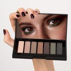 WITH Eyeshadow Palettes - discover more on www.wemakeup.it/#with