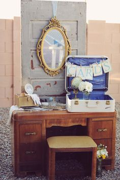 ideas for Old Suitcase Vintage Luggage | 18 Ideas How To Reuse Old Suitcases In Home Decor | Daily source for ...