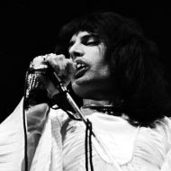 Freddie in Sheer Heart Attack Tour