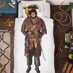 Wees gewaarschuwd landrotten, hier slaapt een echte piraat! Geweldig piraten dekbed.