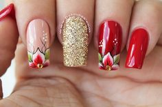 Pedicure Rojo Con Dorado New Ideas Cute Spring Nails, Summer Toe Nails, Nail Art Designs Videos, Red Nail Designs, Simple Pedicure Designs, Shellac Pedicure, Nagel Bling, Hot Nails, Bling Nails