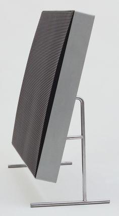 Braun LE 1 Loudspeaker - Designed by Dieter Rams Audio Design, Speaker Design, Little Designs, Cool Designs, Timeless Design, Modern Design, Contemporary Design, Moma, Dieter Rams Design