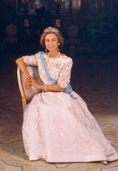 spanishroyals:  Official photograph of Her Majesty Queen Sofia