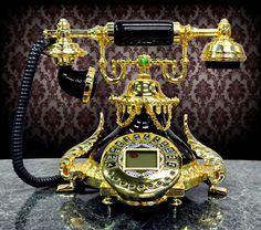 Fabulous Phones – Blasts from the Past! (Go ahead, call your mother)