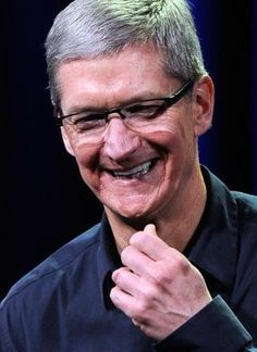 5 Key Lessons Tim Cook Learned in 2012