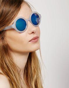 Gafas redondas montura azul claro - Accesorios - Bershka España