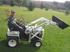Cub Cadet Parts 409546159857891450 - Dave D. from Freedom, NY built this loader for his Bolens garden tractor Source by Small Tractors, Compact Tractors, Old Tractors, Lawn Mower Tractor, Tractor Loader, Bolens Tractor, Garden Tractor Pulling, Lawn Mower Maintenance, Garden Tractor Attachments