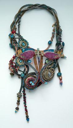 http://bnb.jewelrymakingmagazines.com/~/media/images/Bead%20Dreams/2014/Calista%20Lunas%20Garden