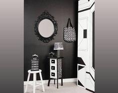 Veja uma sugestão legal para aplicar em uma porta velha de madeira! Sabe aquela sua porta velha de m