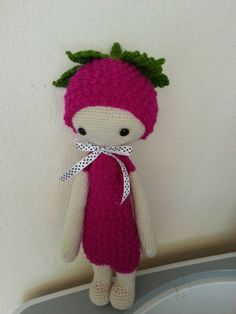 BERT the raspberry made by Carrie G. / crochet pattern by lalylala