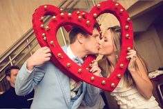 DIY Roundup: How to make your own DIY photo booth props Valentines Photo Booth, Valentines Day Photos, Valentines Day Decorations, Valentines Day Party, Valentine Crafts, Happy Valentines Day, Wedding Decorations, Photo Both Props, Diy Photo Booth Props