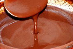 Ágnes:) szakácskönyve: Csokiöntet házilag Chocolate Fondue, Real Food Recipes, Fondant, Bakery, Food And Drink, Pudding, Sweets, Cookies, Desserts