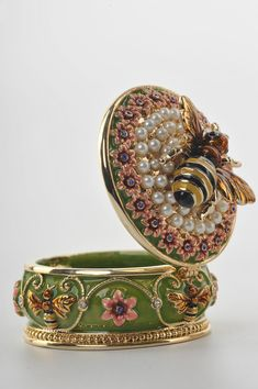 .:. A Bee Trinket Box by Keren Kopal Faberge Egg Swarovski Crystal Jewelry box