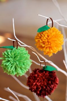 Set up adorable apple pom poms and a faux tree to give an invitation to play. The Pom Pom Apple Tree is the perfect way for toddlers and preschoolers to explore and engage in imaginative fun. There's no wrong way to play with these fall crafts. Autumn Crafts, Fall Crafts For Kids, Harvest Crafts, Kid Crafts, Autumn Activities, Craft Activities For Kids, Preschool Projects, Fall Projects, Tree Crafts