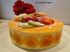 A real delight: Entremet peach-apricots ! Thermomix Desserts, Easy Desserts, Dessert Recipes, Xmas Pudding, Fruit Birthday Cake, Crepe Recipes, Mousse Cake, Comfort Food, Sweet Recipes