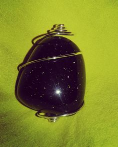 am experimentieren  #goldfluss #grünfluss #stone #stein #glitter #glitzer #shine #grün #glanz