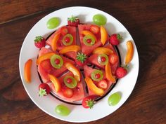 Watermelon Fruit Pizza and my secret method for How to Cut a Watermelon! Healthy, gluten-free and refreshing!