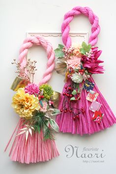 Japanese New Year wreath 2015 お正月 Diy Arts And Crafts, Diy Crafts To Sell, Handmade Crafts, Paper Crafts, New Years Decorations, Flower Decorations, Japanese New Year, Japanese Flowers, Passementerie