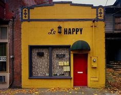 Michael Eastman (American, b. Le Happy, 2006 ©Michael Eastman/Courtesy of Edwynn Houk Gallery Le Happy, Stay Happy, Café Bar, Shades Of Yellow, Mellow Yellow, Baby Yellow, Yellow Art, Colour Yellow, Bright Yellow