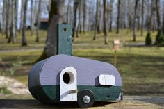 Caravan - Birdhouses. Handmade By Cor van de Velde Petite Maison Daglan