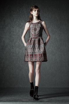 http://www.vogue.com/fashion-shows/pre-fall-2015/alberta-ferretti/slideshow/collection