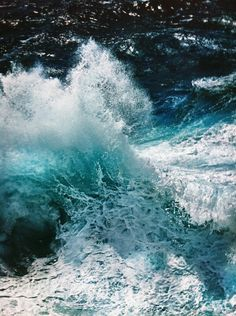 Crashing Wave part of a diptych, Sydney Australia Photo Jeffrey Rothstein