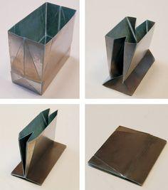 flat-folding steel grocery bag!