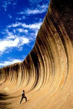 This is the Wave Rock (Rock Ola) in Australia | Most Beautiful Pages
