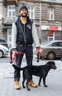 STREET STYLE: CHRISTMAS SHOP DOG DAYS