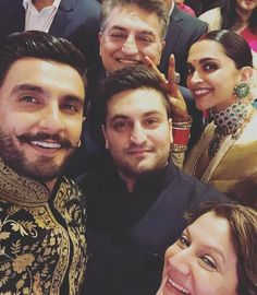 Deepika Padukone n Ranveer Singh at her Wedding Reception 🤴👸😍❤ Deepika Ranveer, Ranveer Singh, Deepika Padukone, The Way He Looks, Bridal Photoshoot, Welcome To The Family, Hot Couples, Indian Film Actress, Wedding Goals