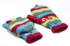 ▲天氣冷的季節,需要溫暖的陽光撒下,一雙保暖的手套是必要的,怕你著涼,讓他好好照顧你吧!  http://i1382.photobucket.com/albums/ah263/betweensummer/Gloves/_DSC0512_zps6doggeo4.jpg ▲色彩舒服的圖紋設計  http...