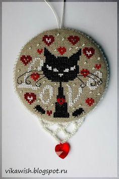 Викино вышивальное счастье: Psycho' Love от Isabelle Vautier или пинкип с чёрной кошкой
