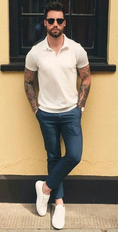 Summer outfits men - Casual Summer Outfits Ideas For Men Over 30 33 Outfits Hombre Casual, Casual Outfits For Guys, Trendy Outfits, Jogger Outfit, Chinos Men Outfit, Trendy Mens Fashion, Men's Fashion, Fashion Ideas, Men's Casual Fashion