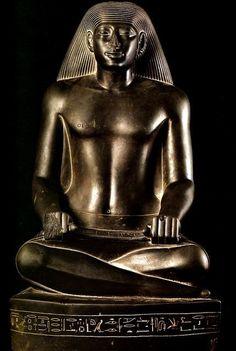 """""""الكاتب نس-با-كا-خوتي العصر المتأخر، الكرنك المتحف المصري"""