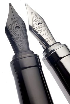 New Michelangelo 2014 Collection. Back to Black Edition's nib, compared to that of the original Michelangelo.