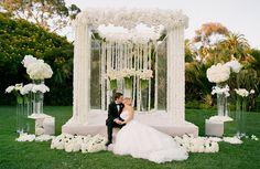White ceremony arrangements