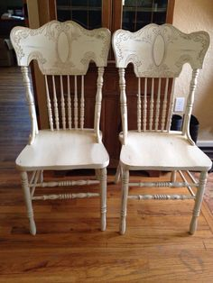 1980s oak pressed wood chairs. Painted with homemade chalk paint, glazed, lightly distressed, Polycrylic finish.