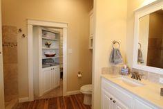 #custombuilthomes#custombathroom #johnjohnsoncustombuilthomes #texashomebuilders #lubbocktexas www.johnjohnsoncustomhomes.com